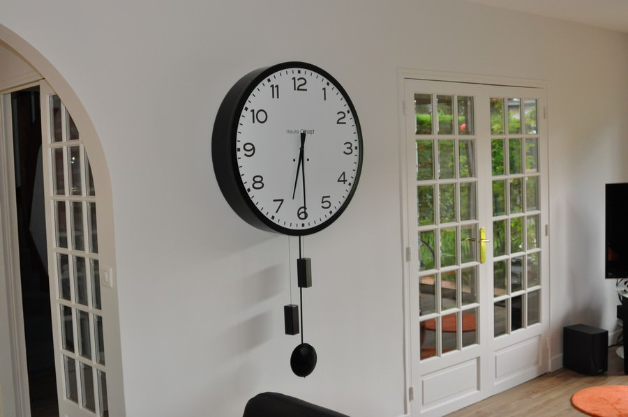 horloge de gare et comtoise heure cr ation. Black Bedroom Furniture Sets. Home Design Ideas