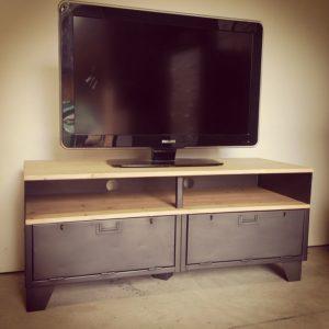 meuble tv industriel militaire en acier et bois