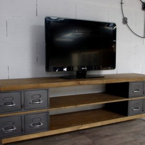 meuble tv industriel sur-mesure en bois et tiroirs