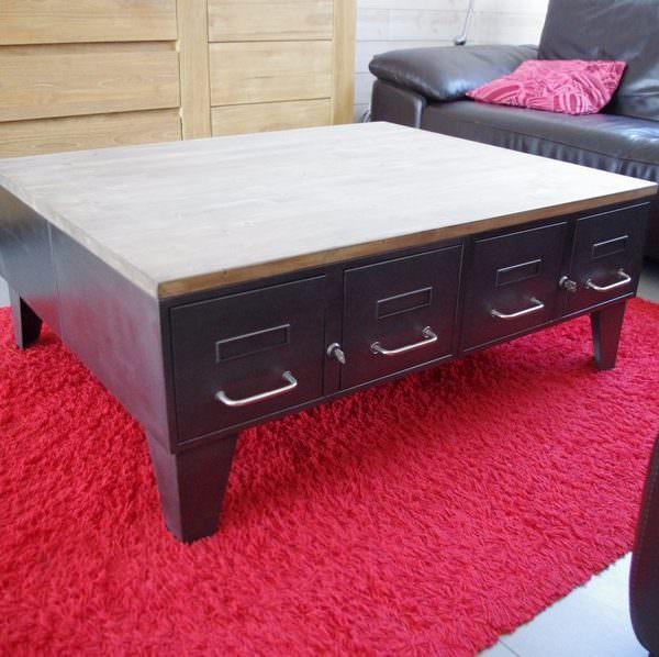 table basse industrielle avec anciens tiroirs d 39 administration heure cr ation. Black Bedroom Furniture Sets. Home Design Ideas
