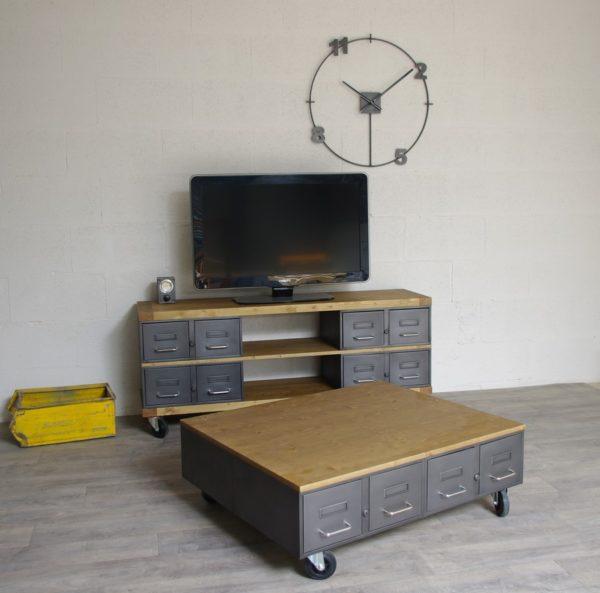 table basse industrielle avec tiroirs