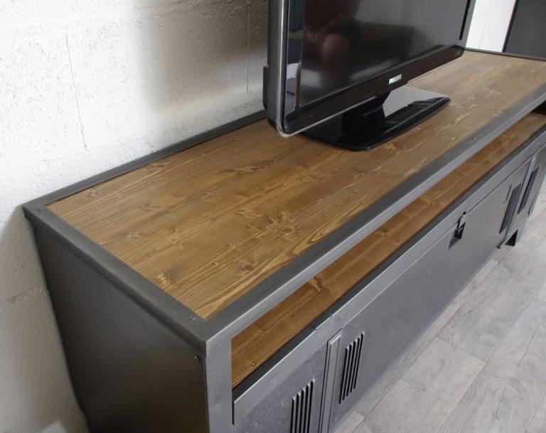 meuble tv industriel vestiaire avec authentique vestaire et niche. Black Bedroom Furniture Sets. Home Design Ideas