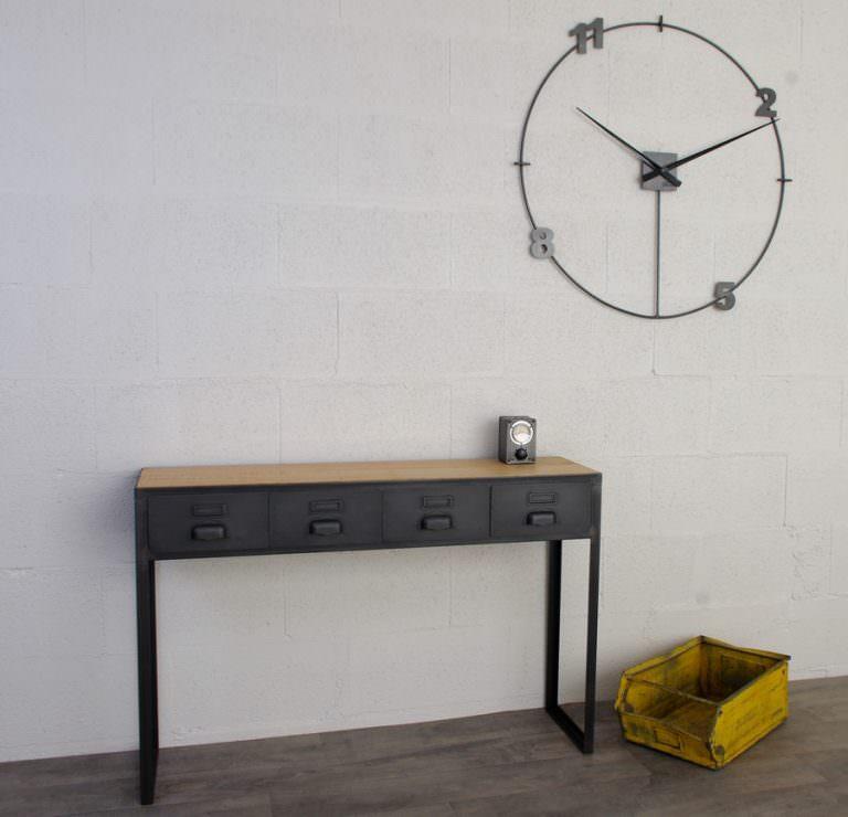 une console en acier et bois industriel et chene massif