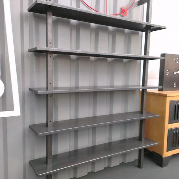 Tag re biblioth que industrielle en acier sur mesure - Etagere en verre sur mesure castorama ...