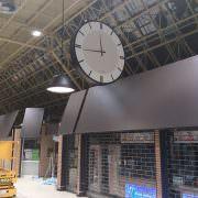 grande horloge geante reze leclerc