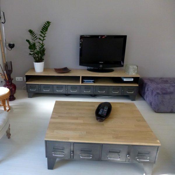 un meuble tv en acier et bois industriel