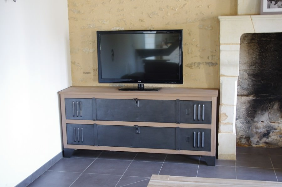 Meuble tv buffet bois metal industriel sur for Meuble tv industriel occasion