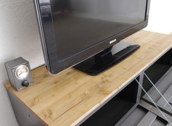 un meuble tvindustriel 2 clapets avec dessus enepicea