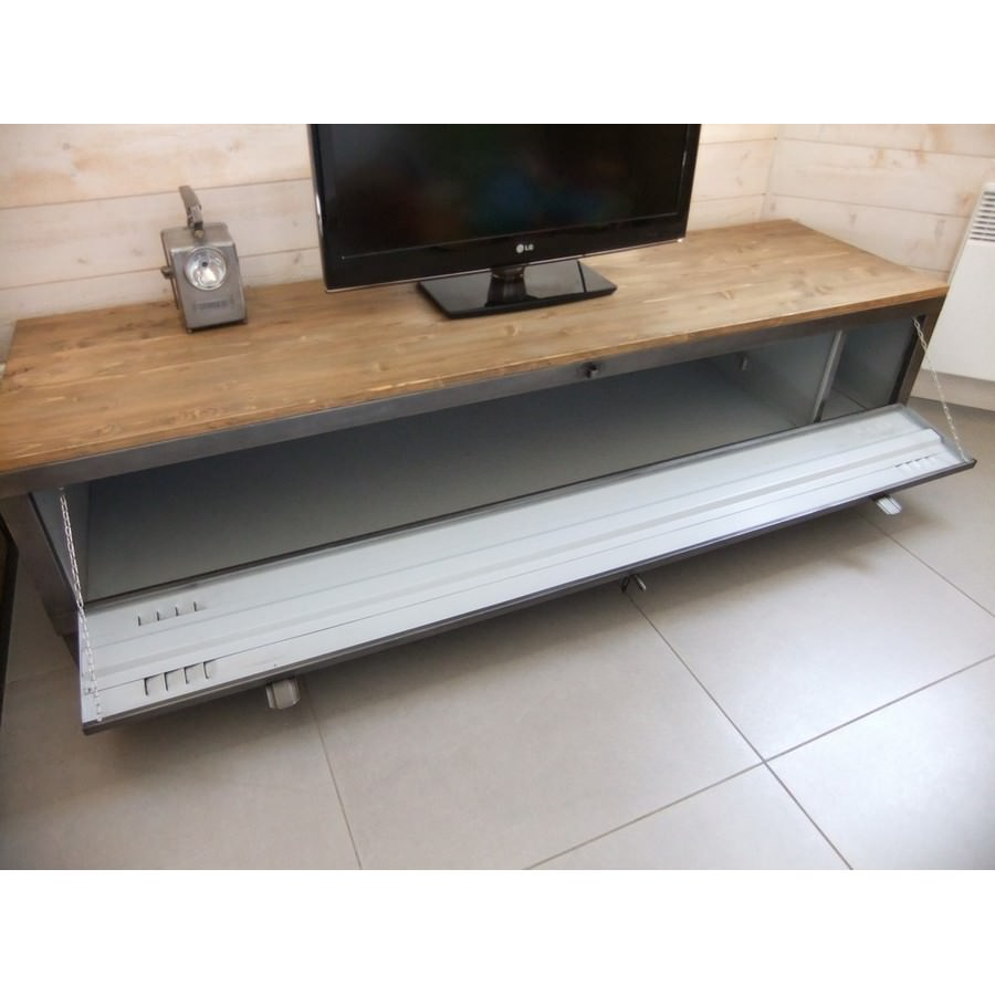 Creation Meuble Tv - Meuble Tv Industriel Avec Ancien Vestiaire Heure Cr Ation[mjhdah]https://www.5francs.com/wp-content/uploads/2015/11/meuble-Tv-industriel-creation-5Ffrancs-2-1048×820.jpg
