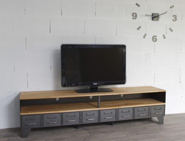 un meuble tv industriel avec une niche et tiroirs metallique