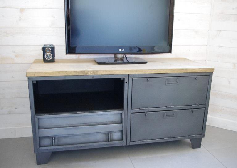 meuble tv industriel vestiaire clapet