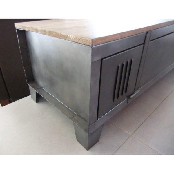 restauration de mobilier industriel meuble restauré