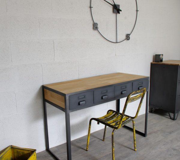 bureau industriel à tiroirs