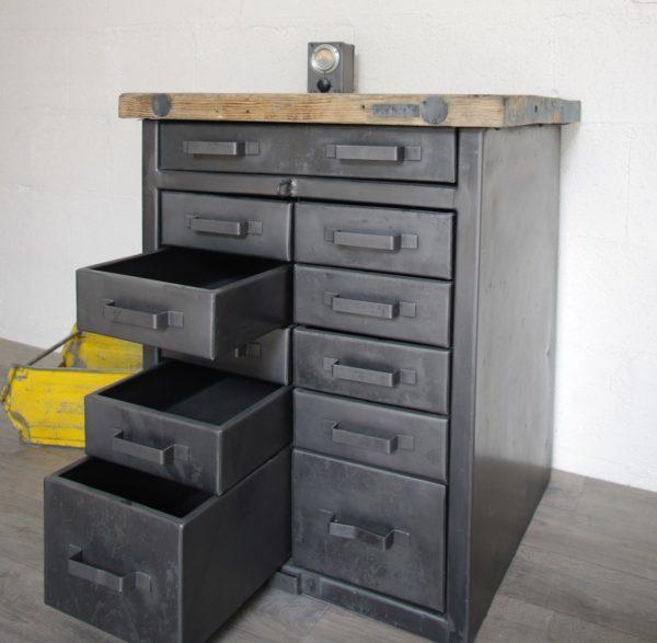 meuble militaire à tiroirs métals