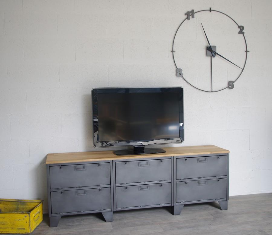 meuble tv industriel avec 6 clapets militaires restaur. Black Bedroom Furniture Sets. Home Design Ideas