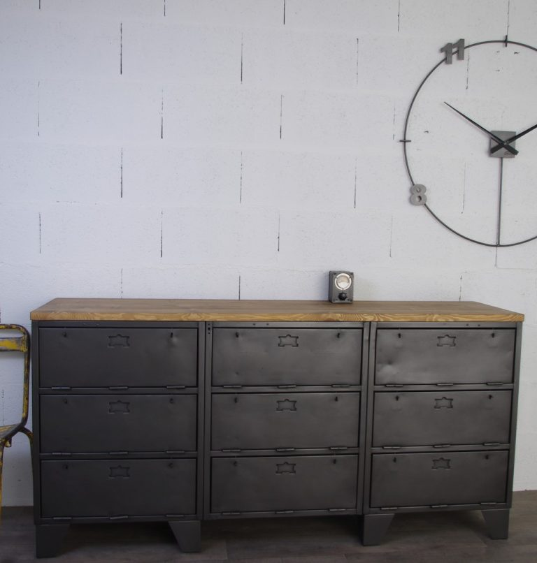 buffet industriel avec 9 clapets militaires restaur authentique. Black Bedroom Furniture Sets. Home Design Ideas