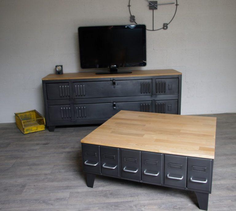 grande table basse industrielle avec tiroirs