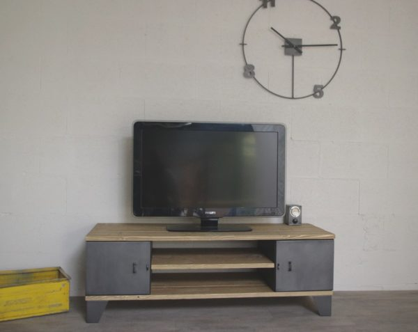 meuble tv industriel avec rangement à portes