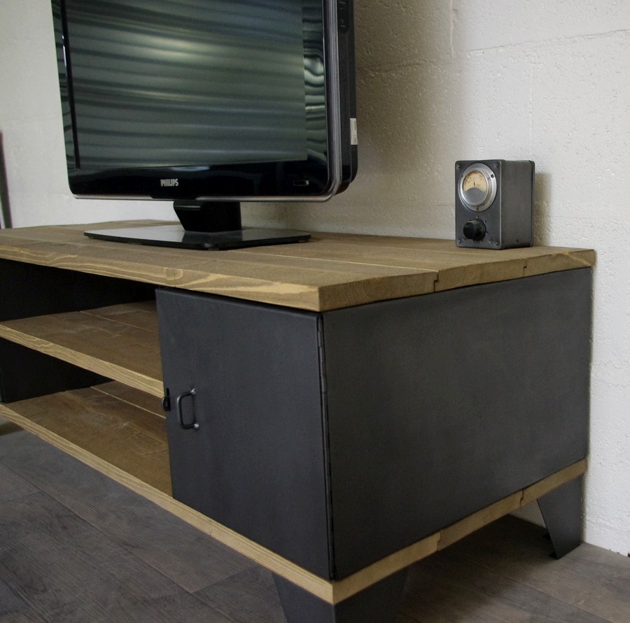 meuble tv industriel avec rangement portes. Black Bedroom Furniture Sets. Home Design Ideas