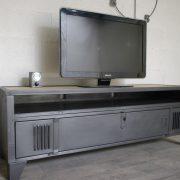 meuble tv avec ancien vestiaire