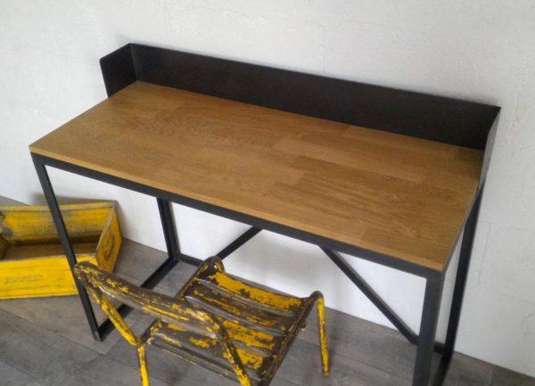 bureau style industriel fait par un artisan