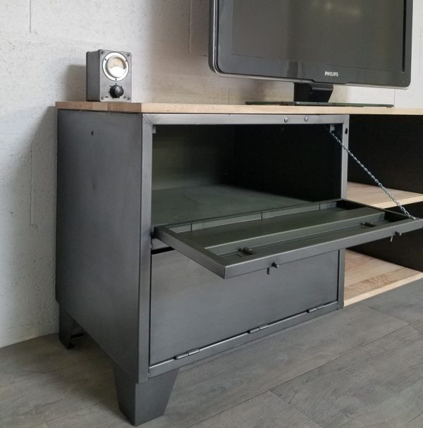 mobilier industriel en meuble tv