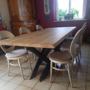 table de repas en acier et chêne