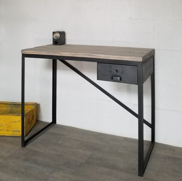 bureau-style-industriel-sur-mesure